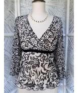 NINE & CO Stretch Line Empire Waist  V-Neck 3/4 Sleeve Shirt Blouse Top ... - $9.49