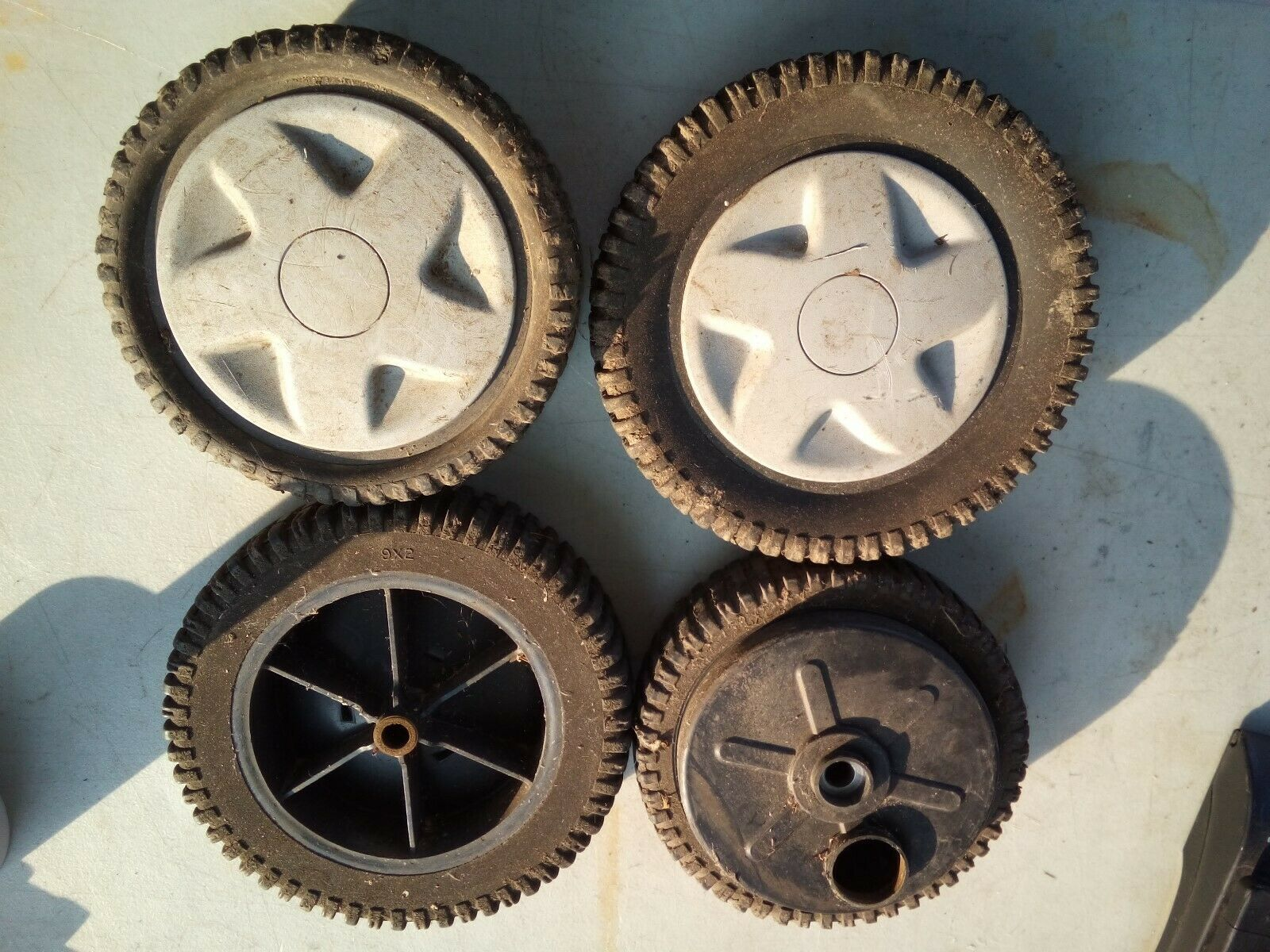 Primary image for 9NN72 SET OF WHEELS FROM CRAFTSMAN MOWER, 917.377180, FWD, GOOD TEETH AND TREAD