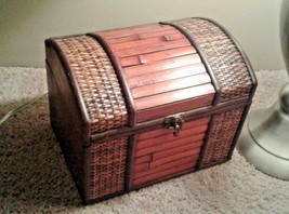 Vintage Trinket Box bamboo Rattan & wood Storage Jewelry Box Treasure Chest - $39.55