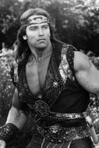 Arnold Schwarzenegger 1985 Red Sonja beefcake pose 4x6 inch real photo - $4.75