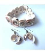 Vintage Seashell Bracelet Dangle Earrings Pierced Stretch Shell Nautical... - $19.75