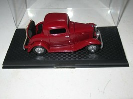 1998 DIE CAST  ROAD CHAMPS VTG FORD TOURING CAR MAROON W/DISPLAY CASE 3.... - $9.75