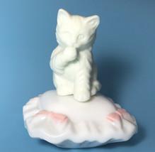 VTG Avon Sitting Pretty Cat On Pillow Charisma Cologne Bottle Used - $13.86