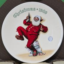"1989 Knowles Norman Rockwell Christmas Collector Plate, ""Jolly Old St. N... - $4.95"