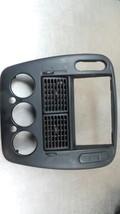 02 03 04 05 Ford Explorer Radio Temperature Control Bezel Black W/Vents  IL2X-78 - $39.95