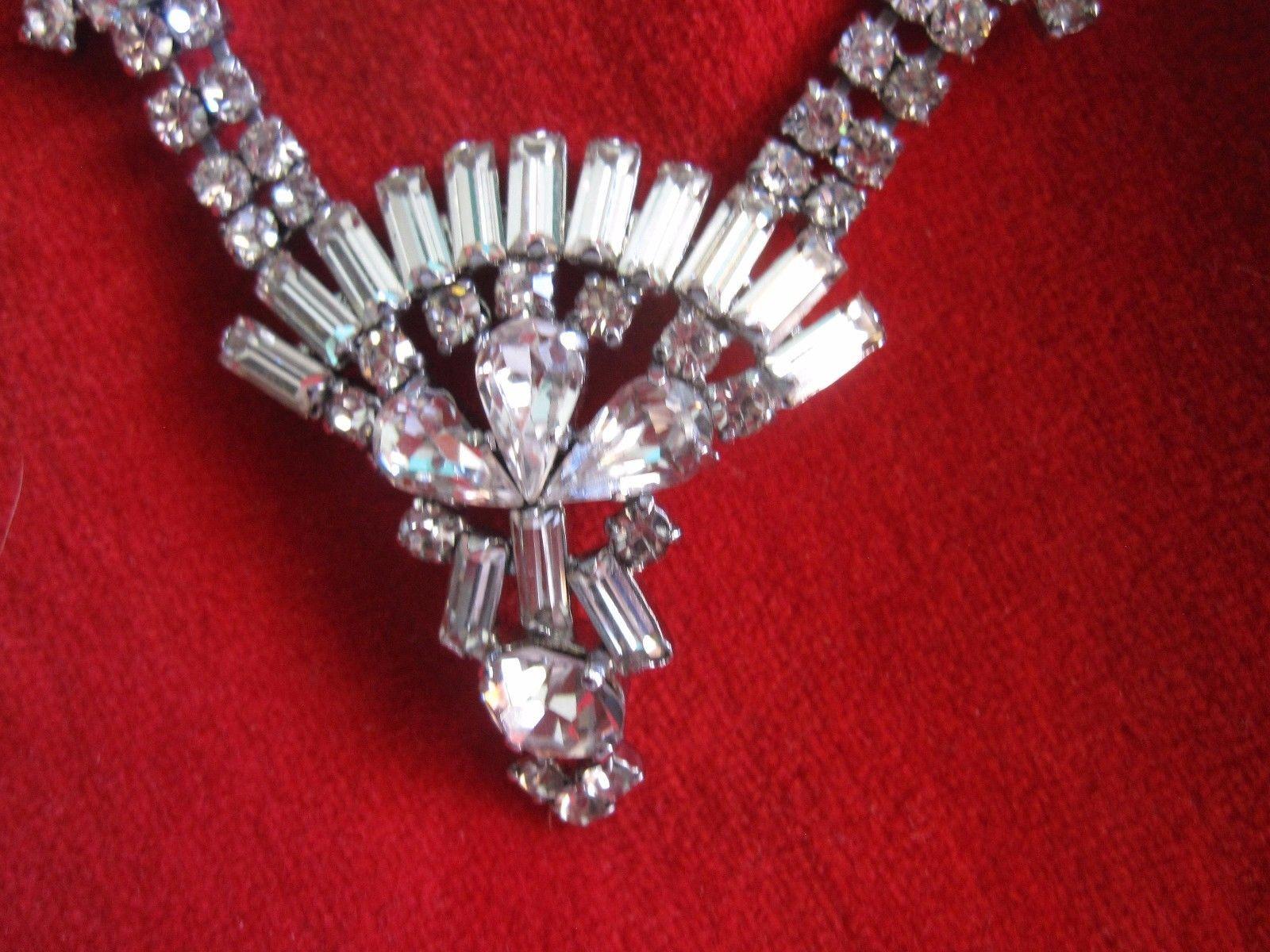 Vintage Elegant Rhinestone's with Silver Tone Necklace