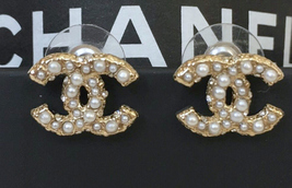 Authentic CHANEL GOLD CC LOGO PEARLS SWAROVSKI CRYSTALS EARRINGS image 2