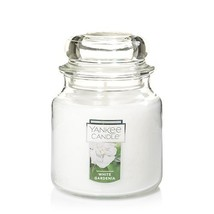 Yankee Candle Medium Jar Candle, White Gardenia - €24,43 EUR