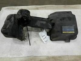 2008 GMC Envoy AIR CLEANER - $94.05