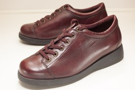 Naturalizer US 10 W Burgundy Red Oxford Lace Up Women's - $26.00