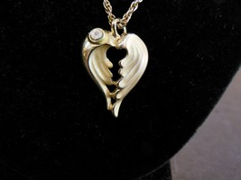 Giusti Gigio Angel Wings Heart Necklace Gold Tone - $12.86