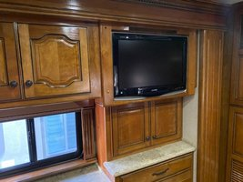 2008 Country Coach Intrigue 530 for sale by Owner - La quinta, CA 92253 image 6