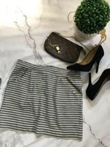 Gap Skirt Size Small - $9.90