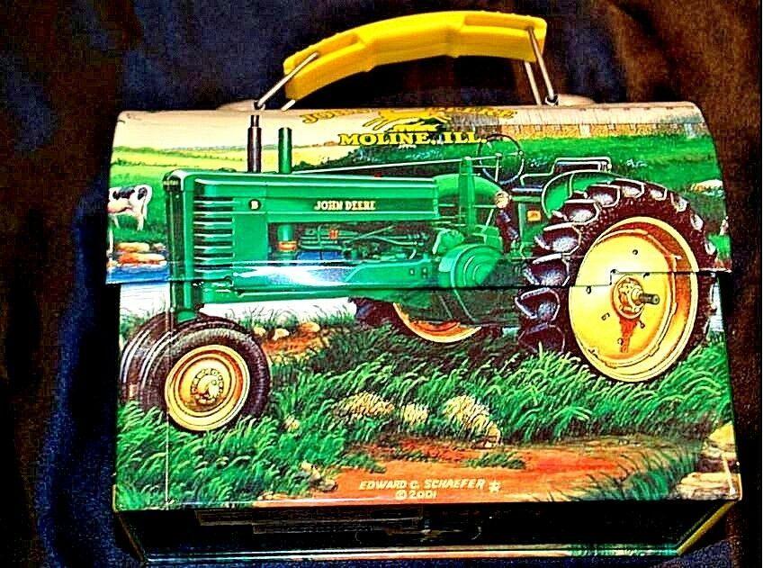 John Deere Lunch Box AA18-JD0033