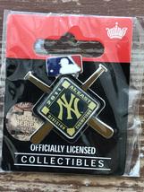 New York YANKEES 2011 AL East Division Champions MLB Baseball Logo Pin - $14.95