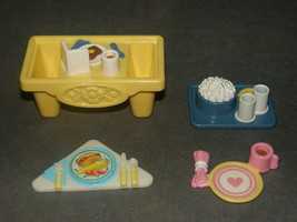 Fisher Price Loving Family Dollhouse: 4 pcs Food Trays Place Setting - $12.00