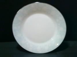 """RAVEL Noritake 10 1/2"""" DINNER PLATES (Set of 3) Pattern #2213 White Flowers Blue - $19.05"""