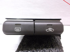 01-02 Toyota COROLLA/PRIZM DEFROSTER/AIR Recirculation SWITCH/BUTTONS - $17.00