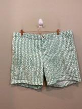 Khakis by GAP The Boyfriend Shorts Green White Chevron Striped Size 18 - £16.44 GBP