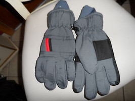 gray Youth size large insulated winter gloves - $7.25