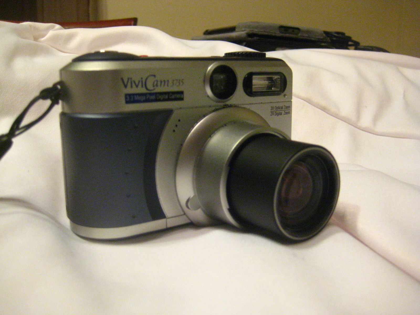 Primary image for Vivitar Vivicam 3735 Digital Camera
