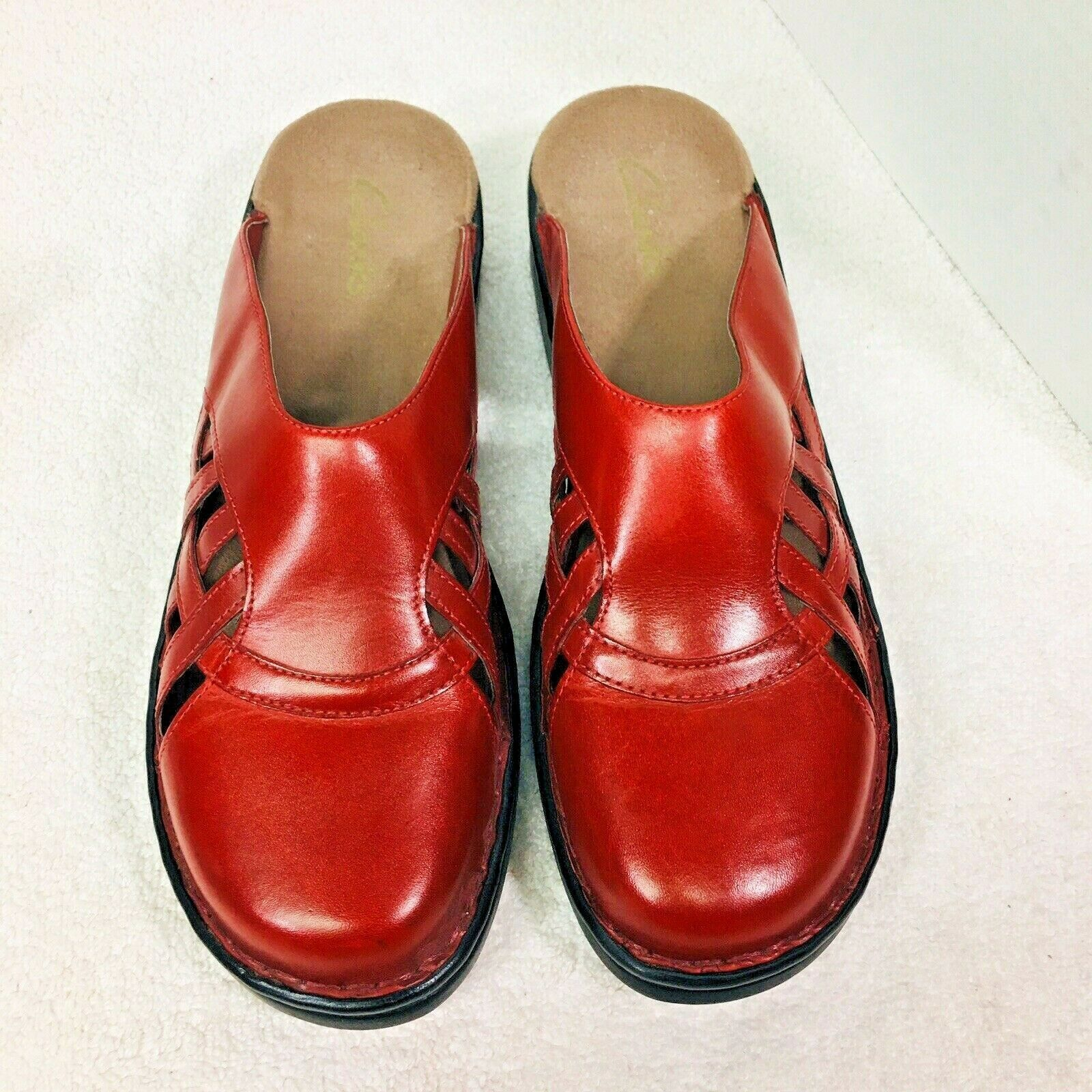Primary image for Clarks Shoes Red Leather Slip On Side Woven Detail  New  No Box 11W