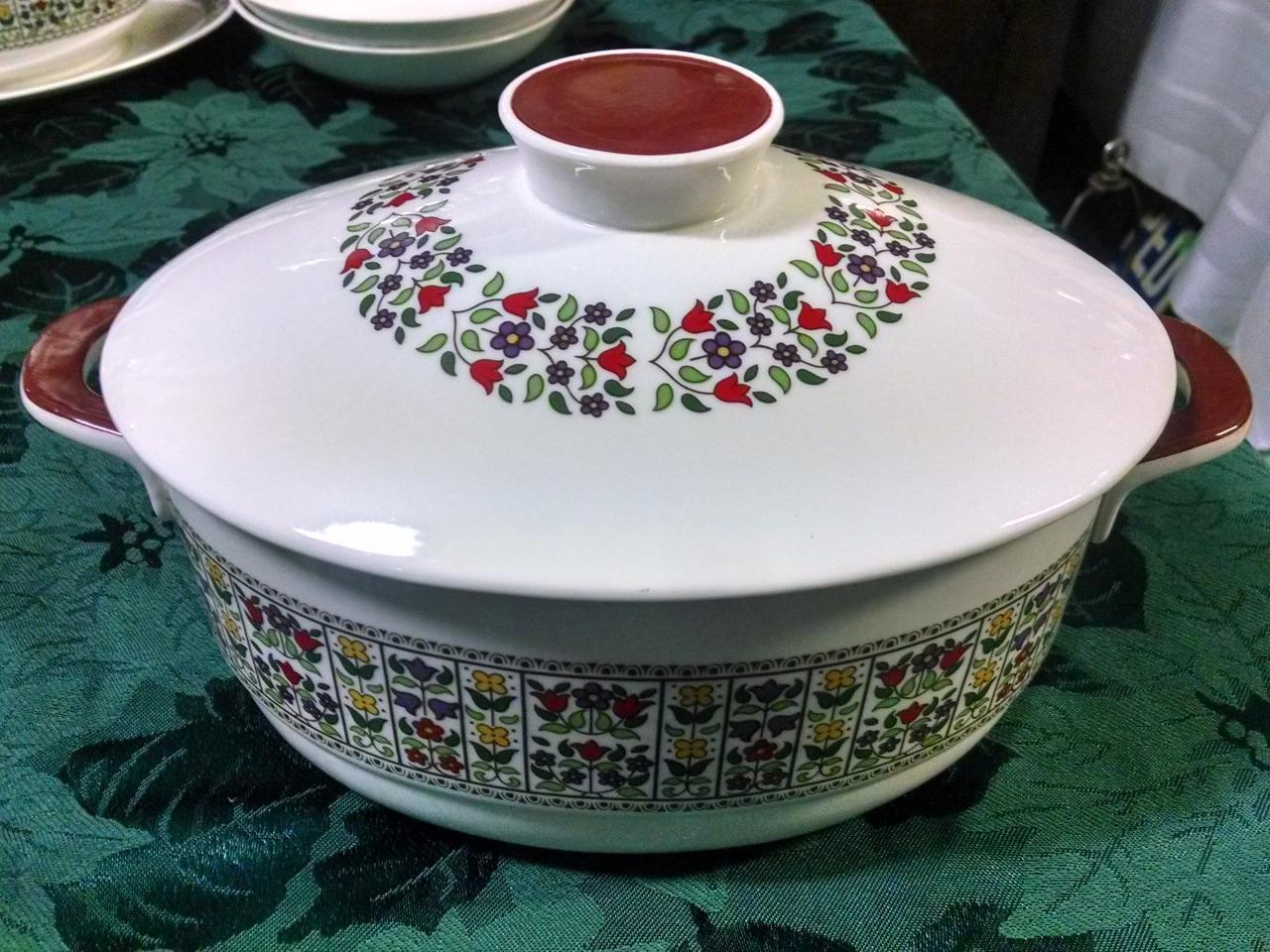 Primary image for Royal Doulton Fireglow 2 Qt Oval Covered Casserole with Lid