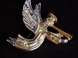 ANGEL BROOCH Gold and silver toned trumpeting h... - $8.59