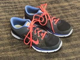 Nike Training Women's Sneakers Size 9M - $31.68