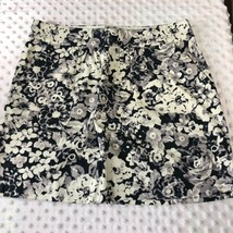 Gap Womens Sz 2 Mid Thigh Skirt Black white Gray Print 100% Cotton - $15.79