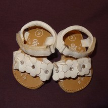Sandals Shoes White Size 2 or 6 - 9 Months Baby Girls Circo Flowers 2009... - $8.89