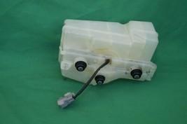 Toyota 4Runner Abs Brake Master Cylinder Fluid Reservoir Tank 01-09 image 2