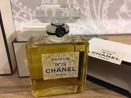 Chanel  № 19 1.0oz/ 28ml new&sealed image 2