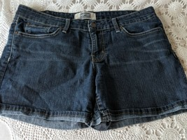 Levis Strauss Signature Women's Jean Shorts Size 6 - $14.54