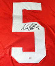 NICKLAS LIDSTROM / AUTOGRAPHED DETROIT RED WINGS CUSTOM HOCKEY JERSEY / COA image 3