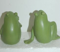 Handpainted Frog Figurines Green Color Flower Design 3-1/2 Inches Tall 10100942 image 4