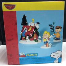 Department 56 P EAN Uts Christmas Spirit Figurine Very Snoopy Charlie Brown Sally - $63.36