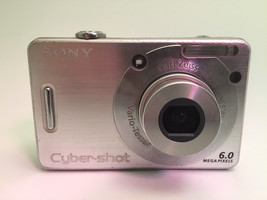 Sony Cybershot DSC-W50 Camera Silver for Parts - $9.21