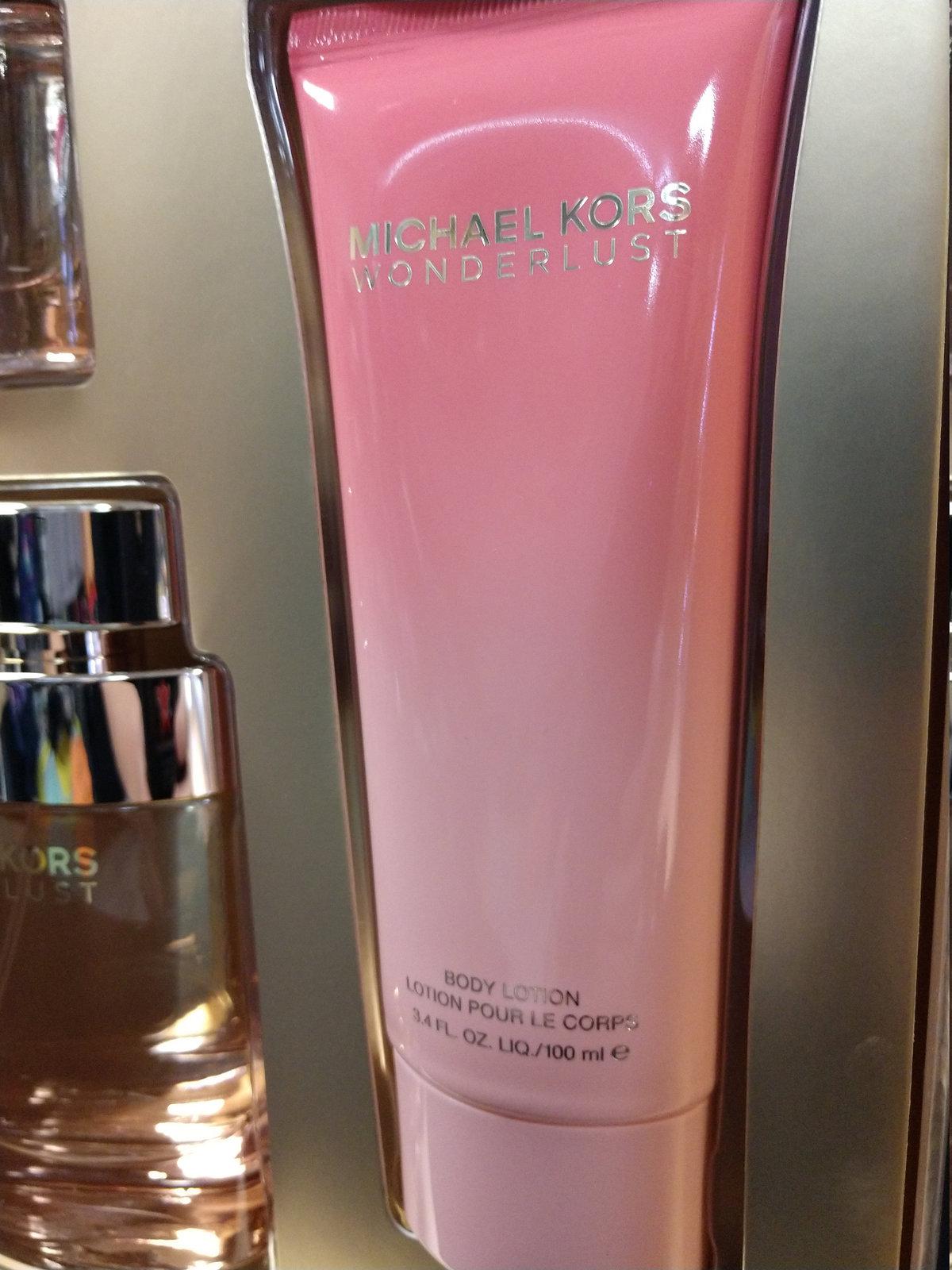 Michael Kors Womens  3-Pc. Wonderlust Deluxe Fragrance Perfume Gift Set