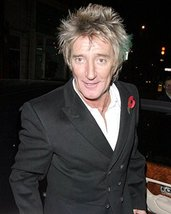 Rod Stewart In Tuxedo With Poppy Recent Pose 16x20 Canvas Giclee - $69.99
