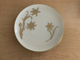 Lenox T-428 Fairfield Gold Flower & Leaves in Gold Replacement Salad Plate - $17.82
