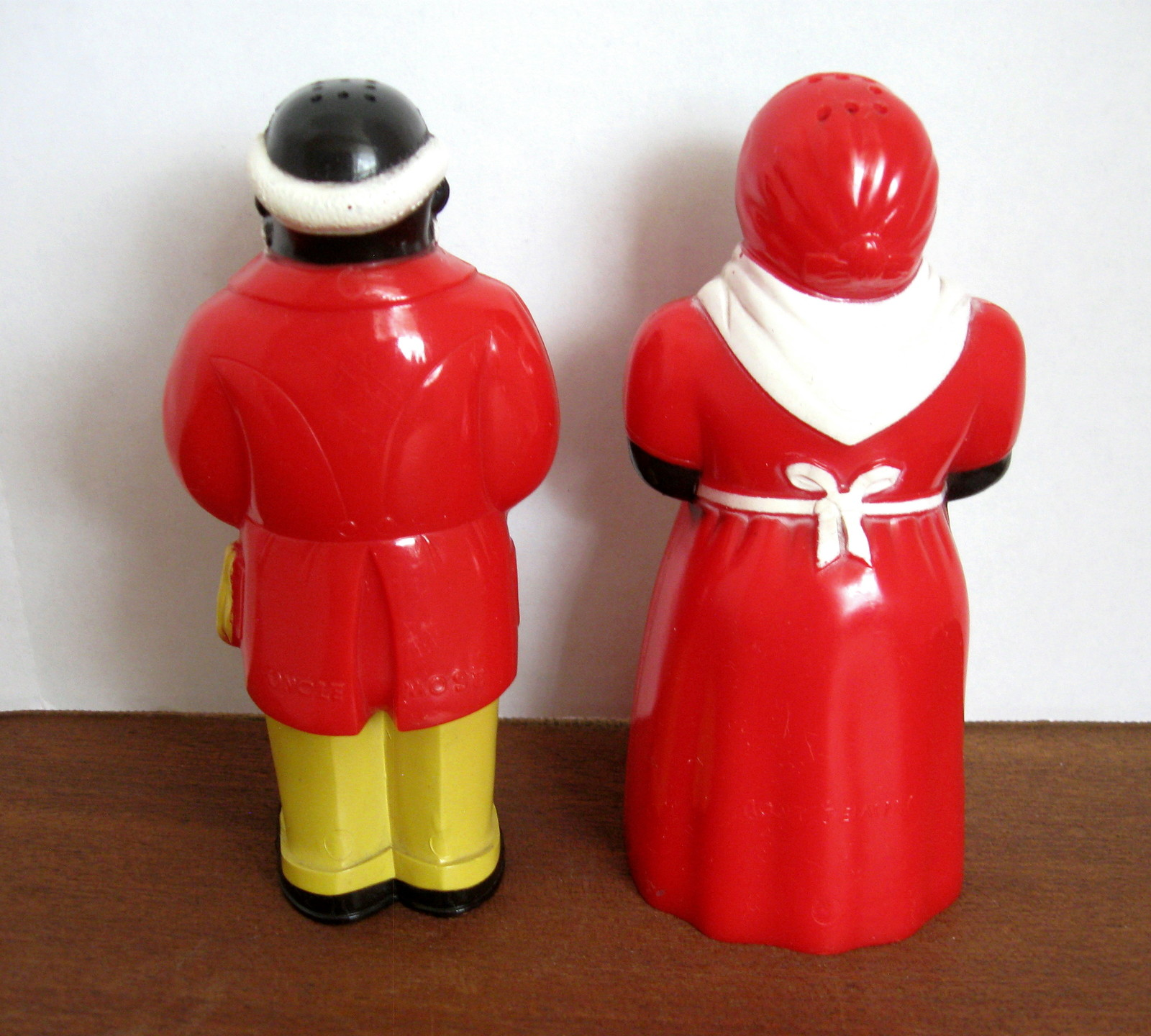 Black Americana Uncle Mose and Aunt Jemima Salt and Pepper Shaker Set - 1950's