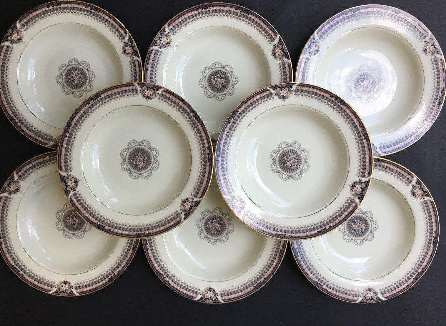 Mikasa Classic Flair White Large Rimmed Soup Bowl Porcelain Calla Lily Flower