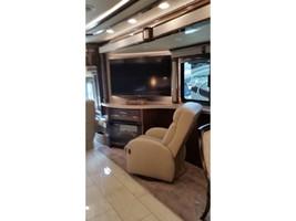 2017 TIFFIN MOTORHOMES ZEPHYR 45OZ For Sale In Livingston, TX 77399 image 3