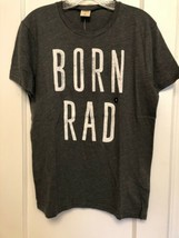 BNWT Hollister  DUDES HCO T-Shirt MEDIUM   SHORT SLEEVE GRAPHC PRINT MEN'S - $9.89