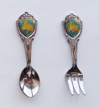 Collector Souvenir Spoon Fork Set Canada Newfoundland Map Emblem - $3.99
