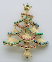 Vintage Signed Gerry's Christmas Tree Pin - $9.89