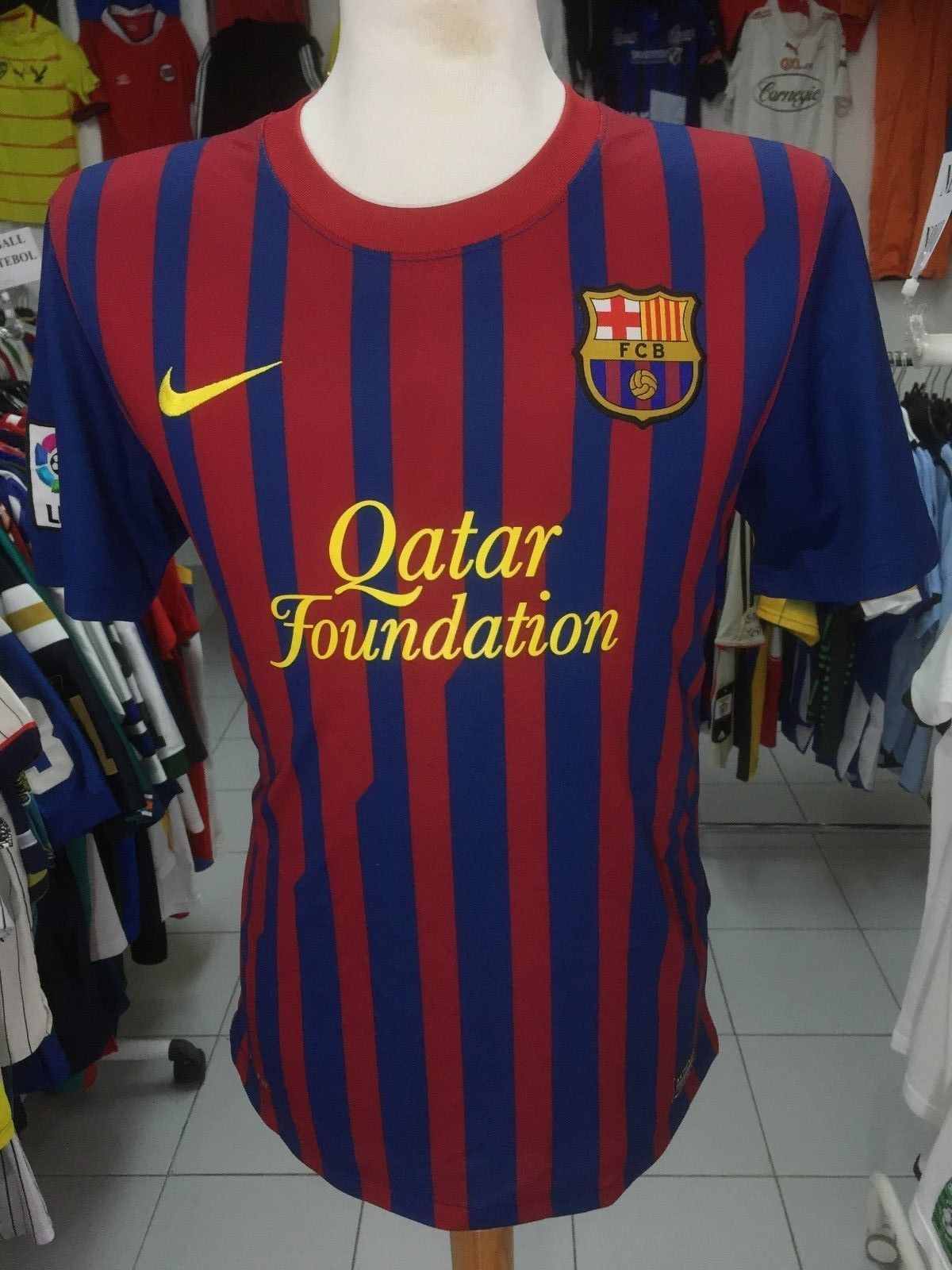 50415a5dda8 Jersey FC Barcelona 2011 12 (M) Home FCB and 49 similar items