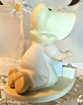 """HOME INTERIOR HOMCO CIRCLE OF FRIENDS MASTERPIECE """"PERFECT GIFT """"  FIGURINE 1991 image 4"""