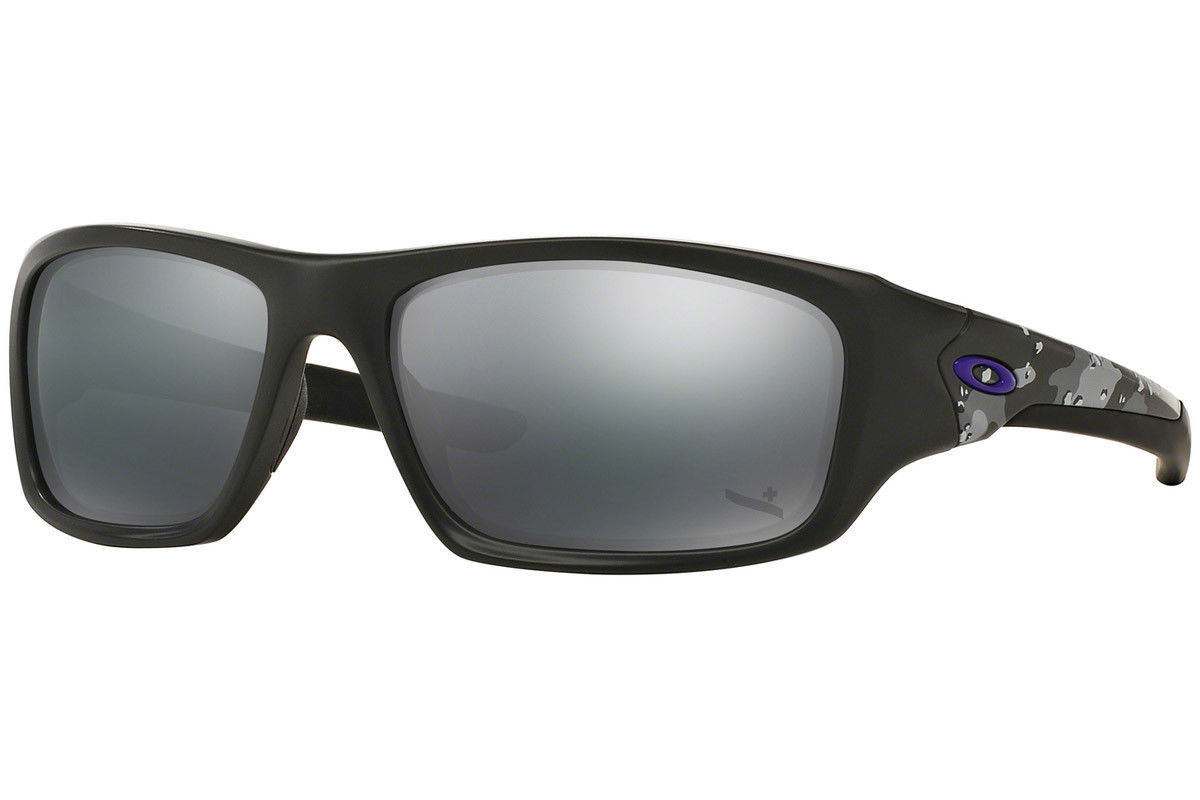 5be3a5c86a0 Oakley Valve Sunglasses OO9236-21 Carbon and 50 similar items